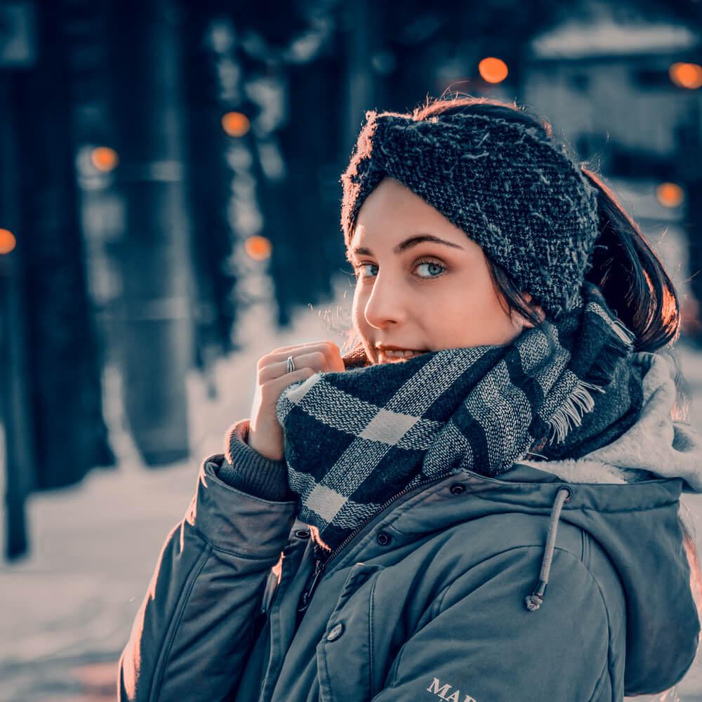 Outdoor Portrait mit 135 mm Brennweite fotografiert.